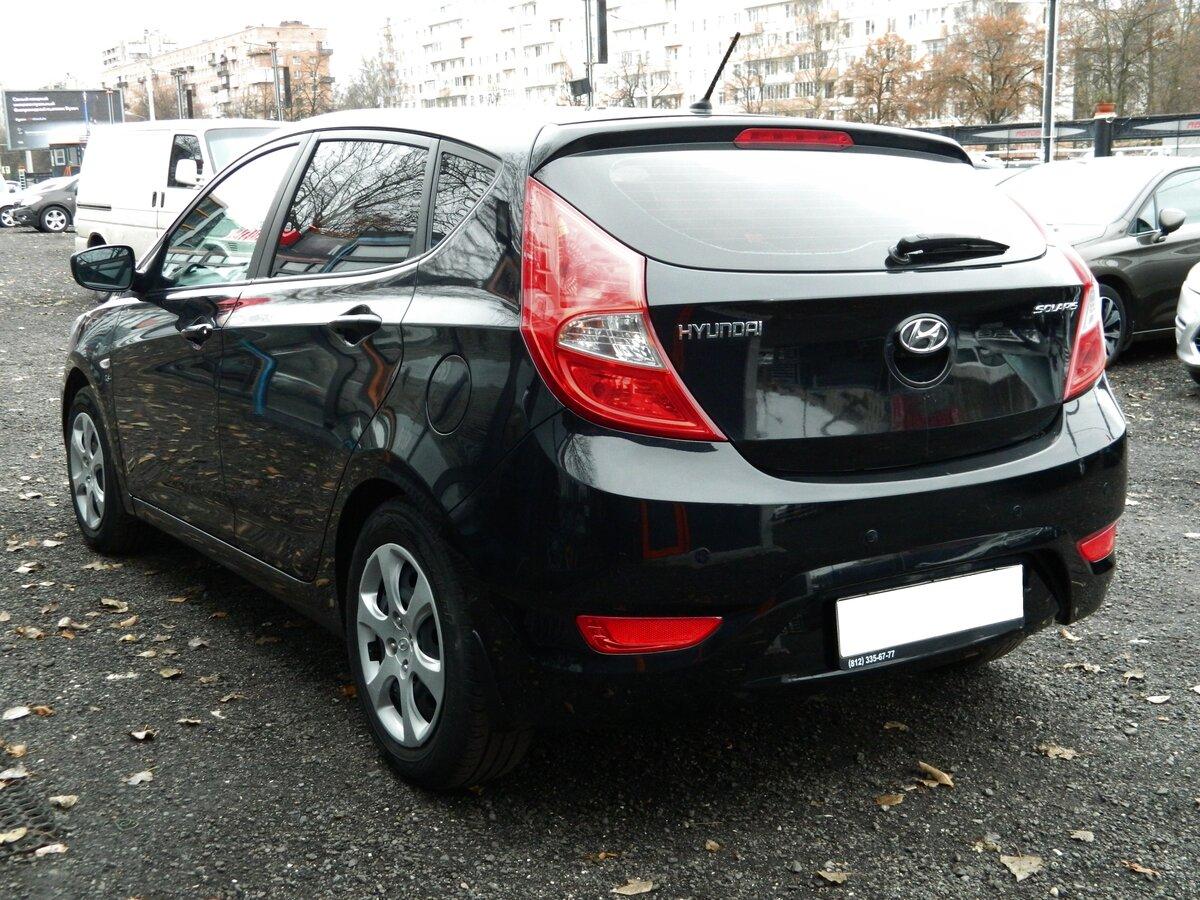 выкуп Продается автомобиль хэтчбек 5 дв. Hyundai Solaris 2014 года, 1.6 л / 123 л.с. / Бензин передний за 450000 в Санкт-Петербурге
